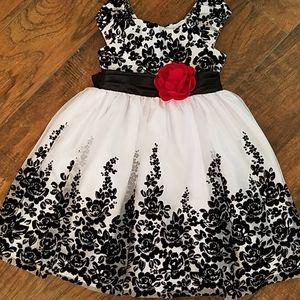 Girls dress size 4, holiday Christmas dress